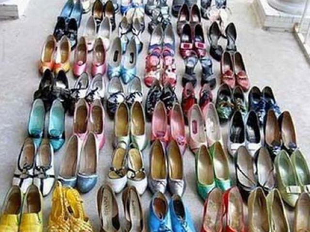"""Trộm """"biến thái"""" ăn cắp 160 đôi giày nữ để... ngửi"""