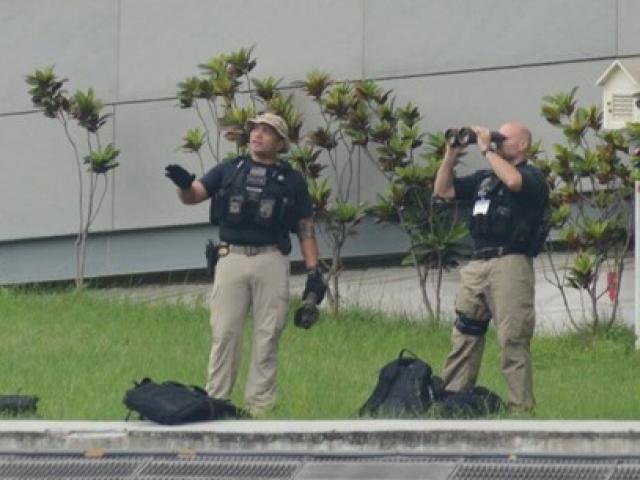 Mật vụ Mỹ chống bắn tỉa bảo vệ tổng thống thế nào?