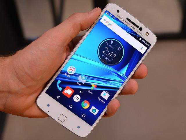 Trên tay smartphone cao cấp mỏng nhất thế giới Moto Z
