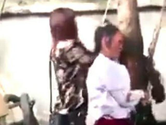 Sự thật về clip bà bầu bị cột tóc lên cây, đánh đến chết vì trộm cắp