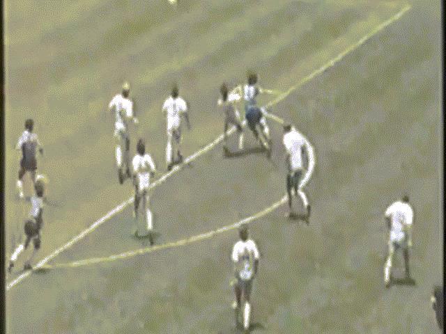 Trận World Cup Argentina rửa hận sau khi đánh nhau với Anh mất 649 người
