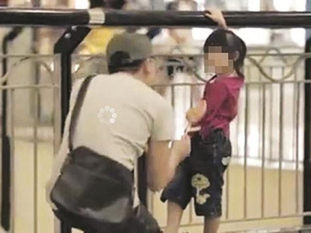 Xuất hiện nhóm đối tượng khả nghi có biểu hiện tiếp cận, bắt cóc trẻ em