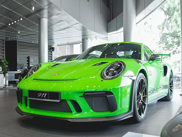 Có mặt tại Việt Nam, Porsche 911 GT3 RS 2018 bản facelift màu Lizard Green hết sức cool ngầu
