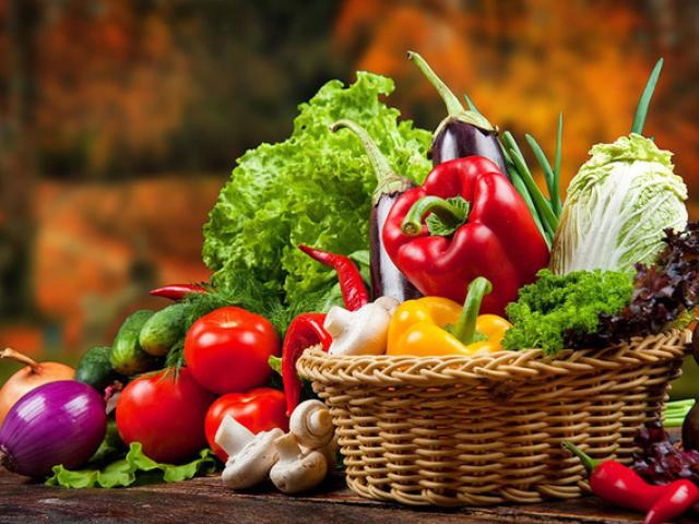 """Cách chọn rau củ quả sạch tươi ngon, không """"ngậm độc"""""""