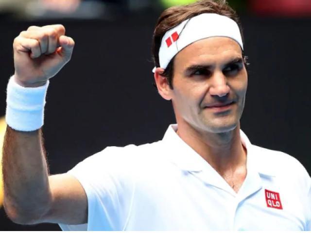 """Federer đấu Nadal ở Roland Garros: Phô diễn cú hãm bóng """"ngoài hành tinh"""""""