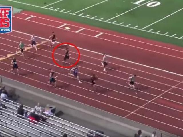 """Xuất hiện """"Usain Bolt"""" mới: Học sinh chấp đối thủ 10m, từ số 7 lấy ngôi đầu"""