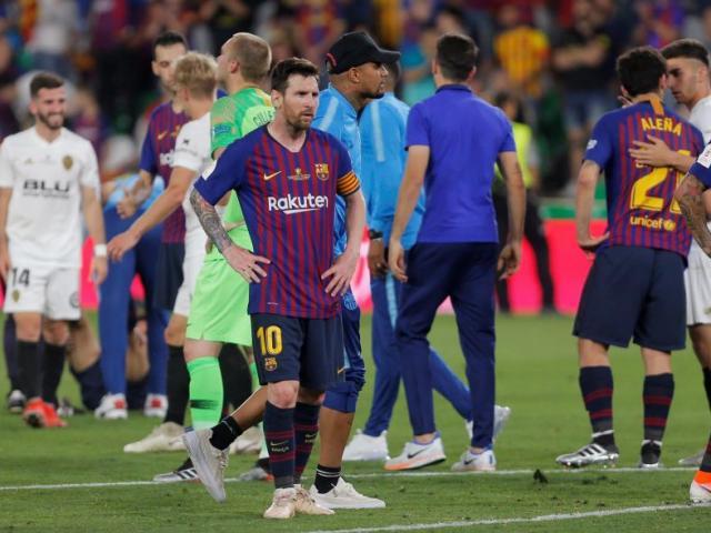 """Barca hụt cú đúp: """"Ông trùm""""  ra phán quyết tương lai thầy Messi"""