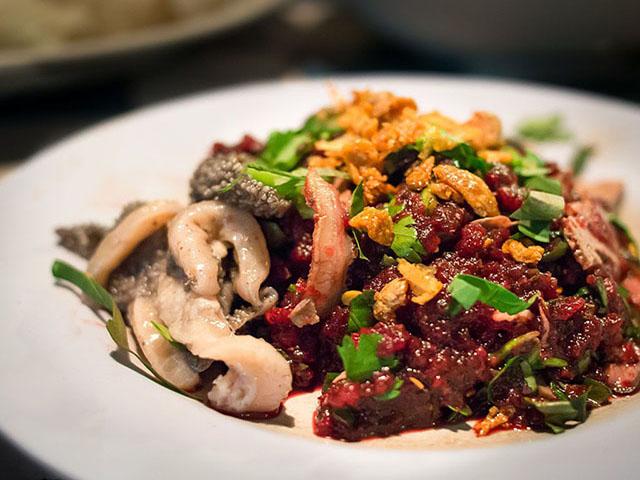 """10 món ăn khiến người Việt """"khóc thét"""" khi đến  Thái Lan"""