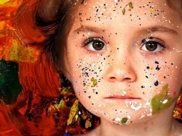 Thần đồng nào vẽ tranh lúc 9 tháng tuổi bán giá hơn 1 tỷ mỗi bức