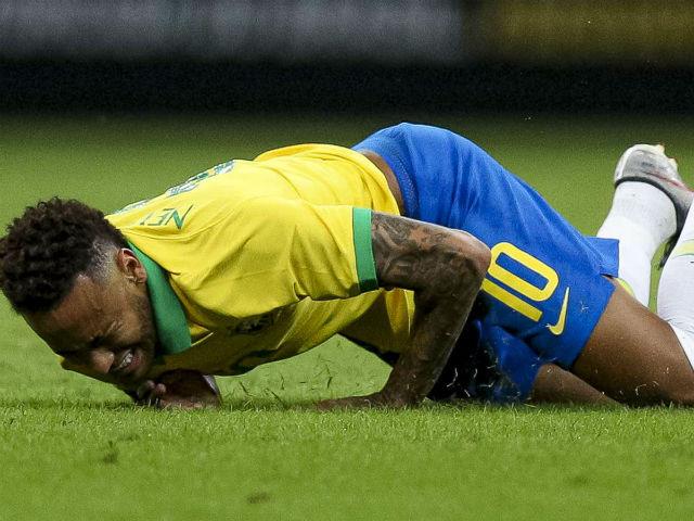 Brazil gặp đại họa: Neymar chấn thương, chính thức lỡ Copa America 2019