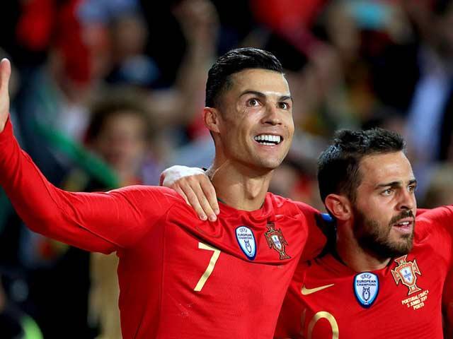 Video Bồ Đào Nha – Thụy Sĩ: Ronaldo siêu đẳng, đặt vé chung kết