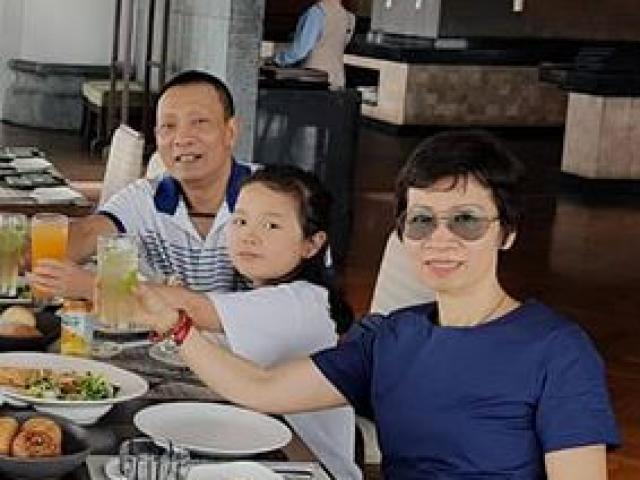 MC Lại Văn Sâm lần đầu khoe ảnh vợ và các con