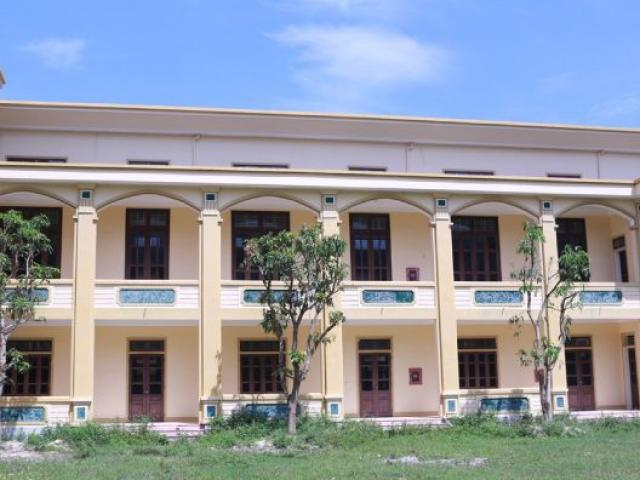 """Trường nghề hơn 100 tỷ """"bỏ hoang"""" tại Nghệ An: Nỗi đau kéo dài cả thập kỷ"""