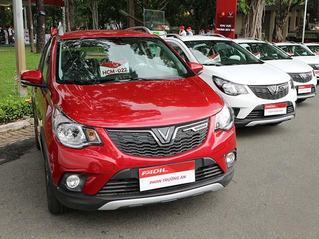 Hàng trăm xe Vinfast Fadil đã đến tay khách hàng trong sáng nay, lập kỷ lục chưa từng thấy