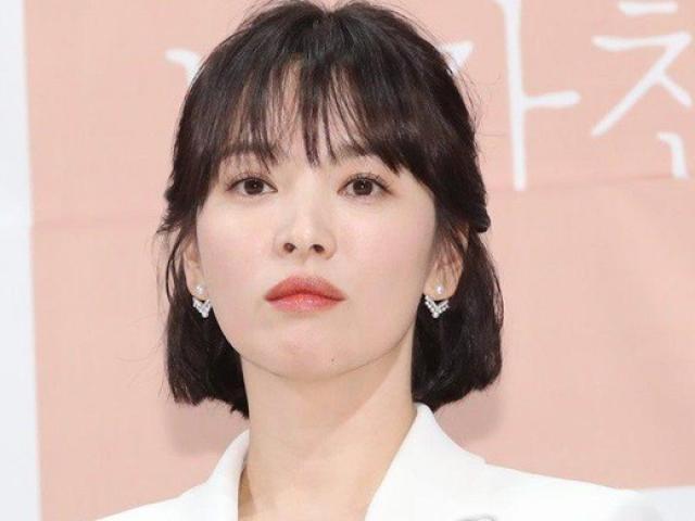 Song Hye Kyo công bố lý do ly hôn với chồng trẻ kém 4 tuổi Song Joong Ki