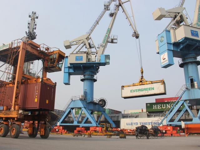 Covid-19 hoành hành, kinh tế Việt Nam sẽ ra sao trong năm 2020?