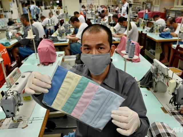 """Xuất hàng triệu khẩu trang cho Mỹ chống Covid-19, Đài Loan khiến TQ """"nóng mặt"""""""