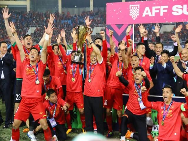 ĐTVN cày ải cuối năm, thầy Park chọn săn vé World Cup hay AFF Cup?