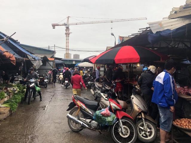 """Quảng Ninh lên tiếng về việc người dân đi chợ quá 2 lần trong ngày bị """"bêu tên"""""""