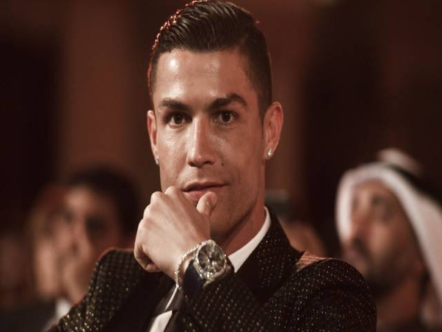 Billionaire USD - Ronaldo is very rich: The most superstar football star on the planet
