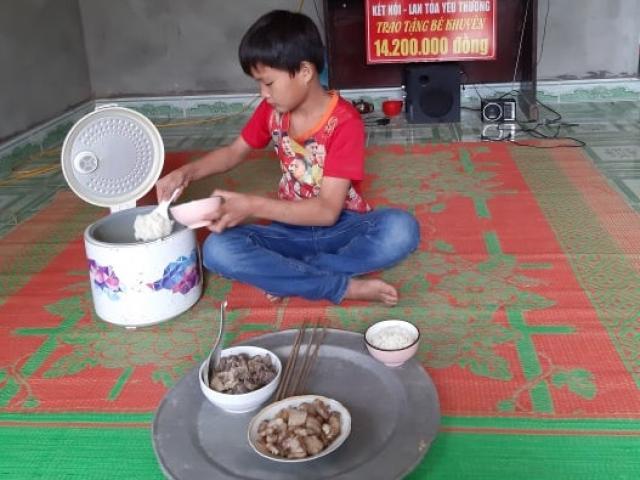 Cậu bé 10 tuổi sống cô độc ở Tuyên Quang bây giờ ra sao?