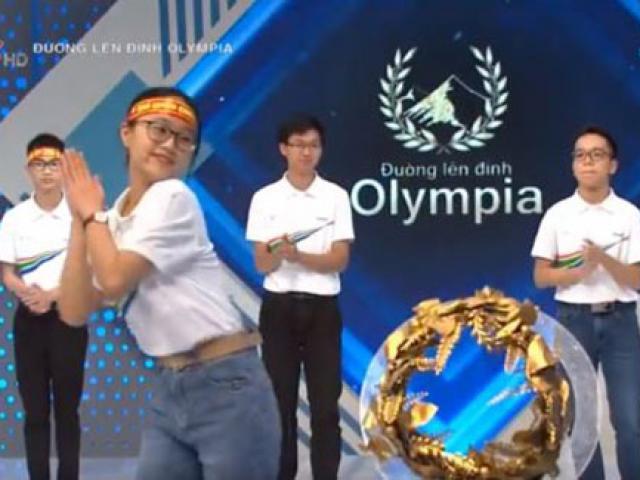 """Nữ sinh Đường lên đỉnh Olympia khuấy động trường quay với vũ điệu rửa tay """"Ghen cô Vy"""""""