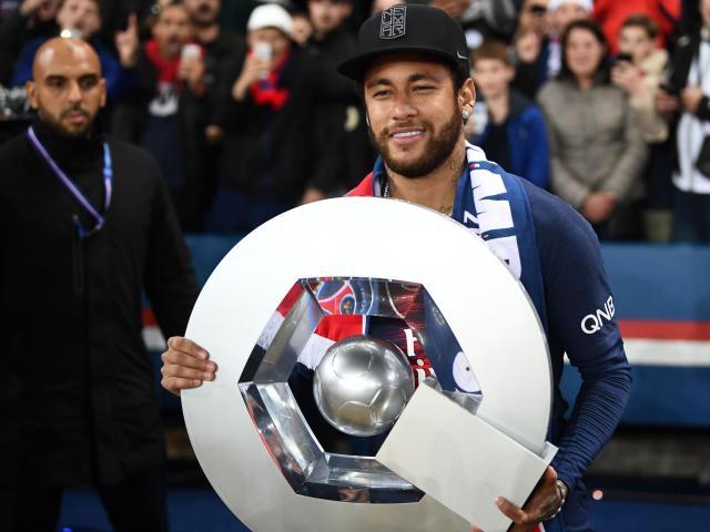 Dàn SAO Ligue 1 không muốn ra sân: PSG - Neymar sẽ được trao cúp sớm?