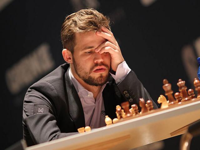 Vua cờ Carlsen tức giận vì 2 lần thua ở giải 8 đại cao thủ thế giới