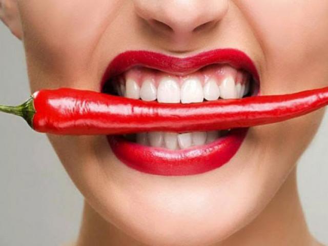 Tác hại của sở thích ăn cay bị nhiều người coi nhẹ