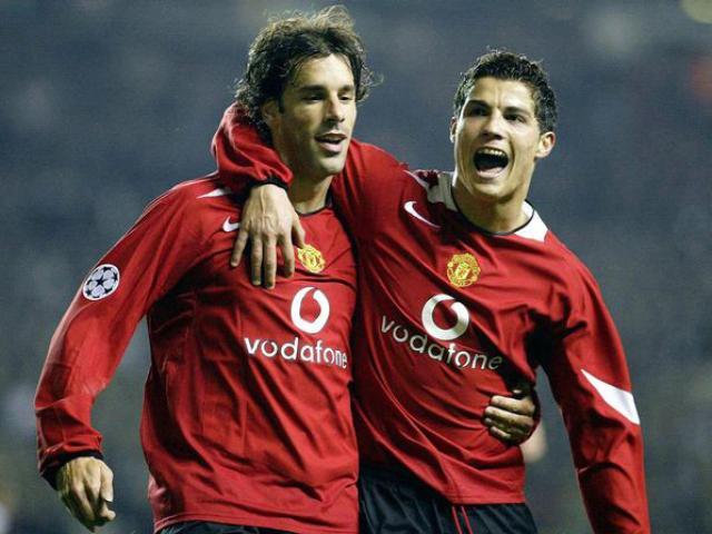 """Đội hình SAO ngoại ở MU: Ronaldo sát cánh """"Ông vua vòng cấm"""""""