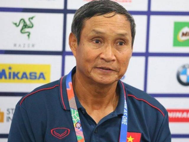 """HLV Mai Đức Chung nói điều khiến bóng đá Việt Nam """"giật mình"""""""