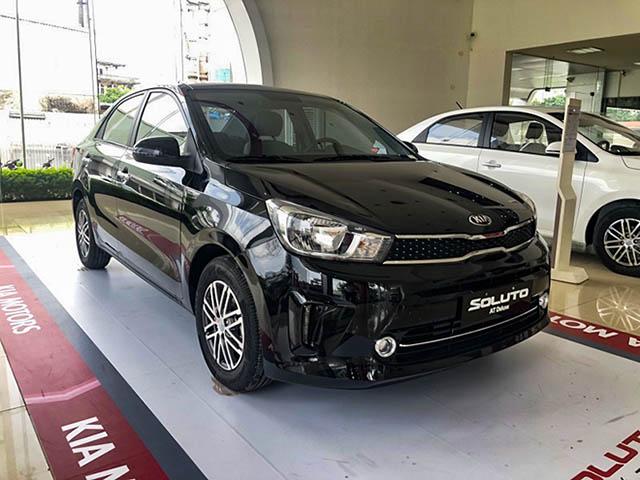 Cận cảnh mẫu xe Kia Soluto bản cao cấp AT Luxury tại đại lý