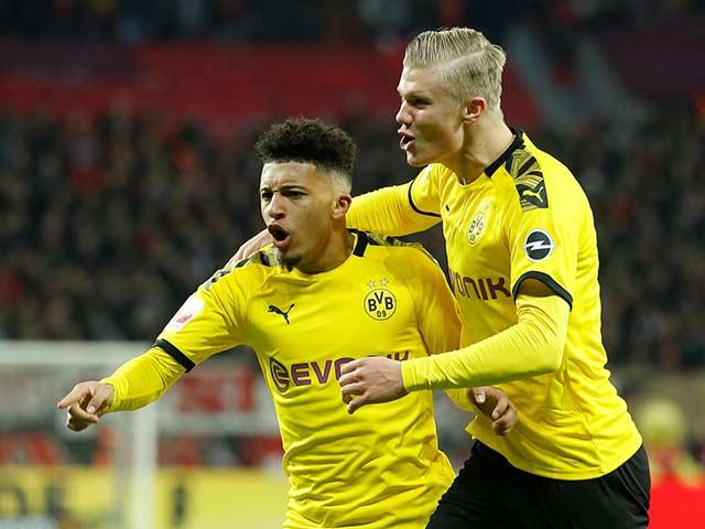Judgment of Dortmund football - Schalke 04: Two goals of MU match