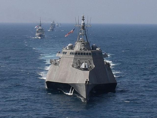 Mỹ tiếp tục thách thức khi điều tàu chiến đi gần lãnh thổ Trung Quốc