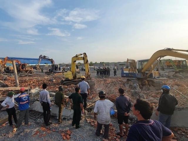 Nóng trong tuần: Sập tường công trình ở Đồng Nai, 10 người tử vong