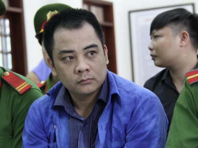 """Vẻ mặt lạnh lùng của Giang """"36"""" trong ngày bị xét xử"""
