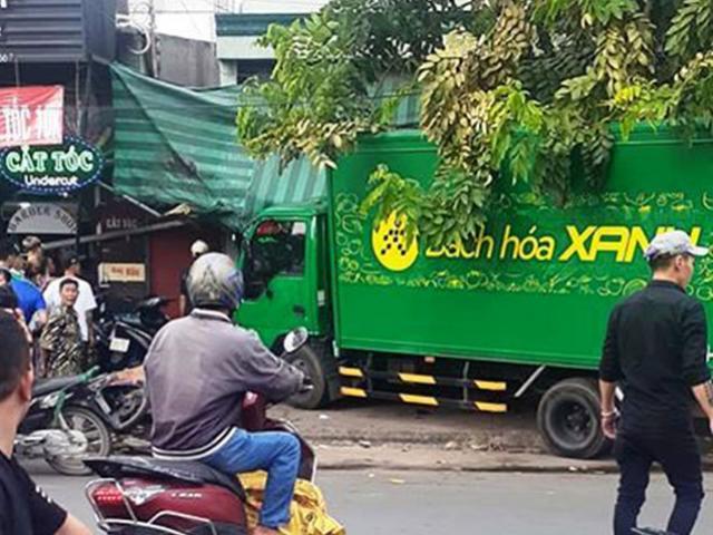 Xe tải lao như tên bắn trên phố Sài Gòn, nhiều người gào thét tháo chạy