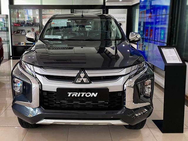 Mitsubishi Triton 4x4 đời 2019 giá chỉ còn khoảng 680 triệu đồng