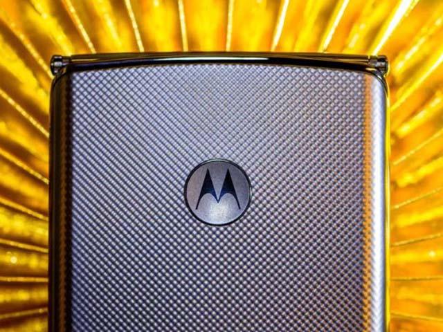 Motorola RAZR 2020 trình làng tháng 9, chiến đến cùng với Galaxy Fold 2