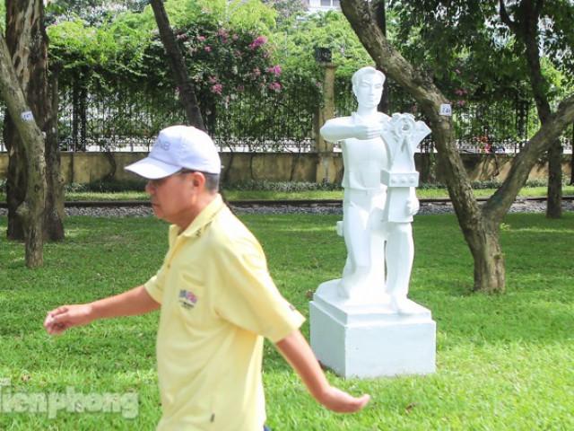 Sau lòe loẹt màu sắc, tượng ở công viên Thống Nhất mặc lại 'áo trắng'