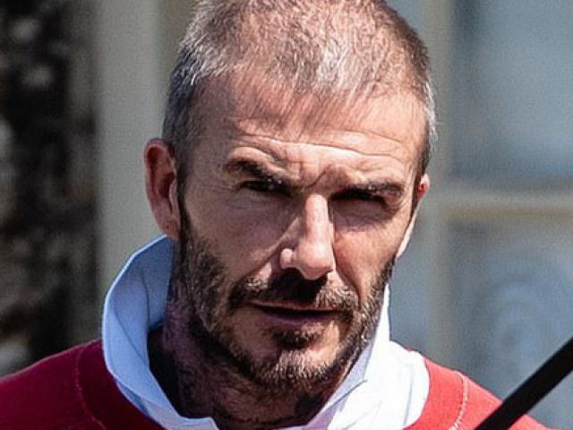 """Tóc rụng như lá thu, xuống mã thê thảm, David Beckham vẫn khiến CR7 ê chề về """"độ đẹp"""""""