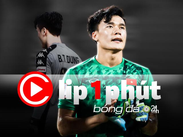 """Thủ môn Bùi Tiến Dũng """"lên đồng"""" như ở U23 châu Á, được tung hô cỡ nào? (Clip 1 phút Bóng đá 24H)"""