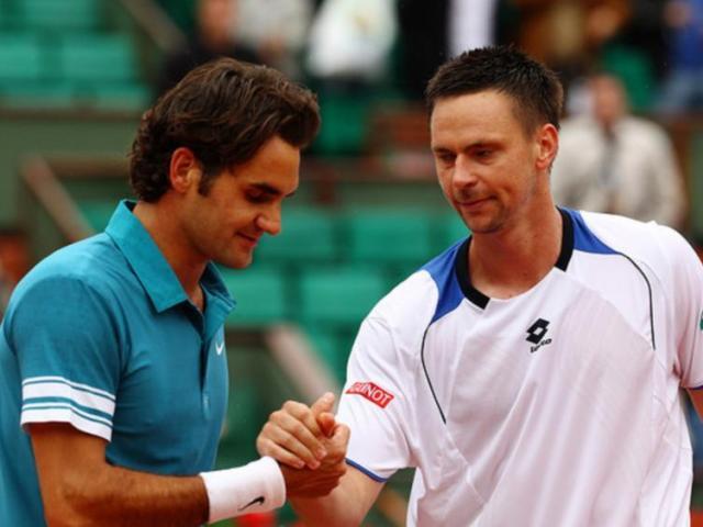 """Tin thể thao HOT 6/6: Federer bị """"hung thần"""" của Nadal gạ tái đấu"""