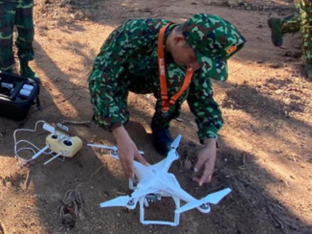 Bay Flycam, quét hình ảnh toàn đèo Hải Vân để truy lùng kẻ giết người vượt ngục