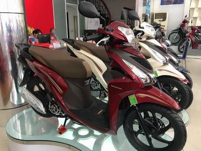 Bảng giá xe ga Honda Vision tháng 6/2020, tăng giá đột biến