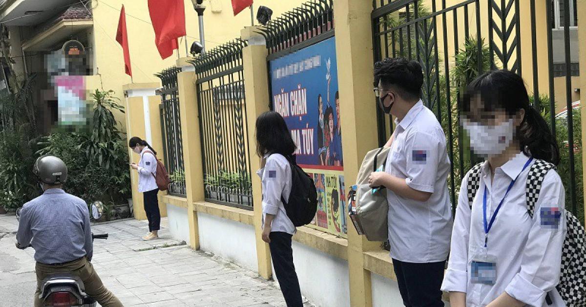 Công an cảnh báo về người đàn ông bí ẩn ở cổng các trường học