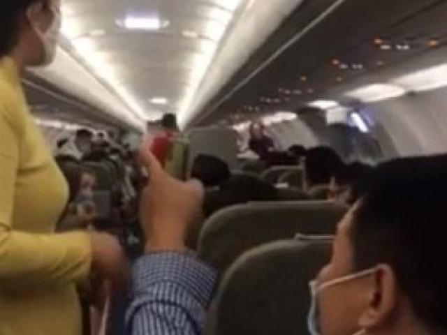 Hành khách gây rối trên máy bay từ Hà Nội đi TP.HCM bị phạt 10 triệu đồng, cấm bay 1 năm