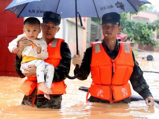 Lũ lụt ở Trung Quốc: Hơn 22 vạn dân sơ tán khẩn cấp