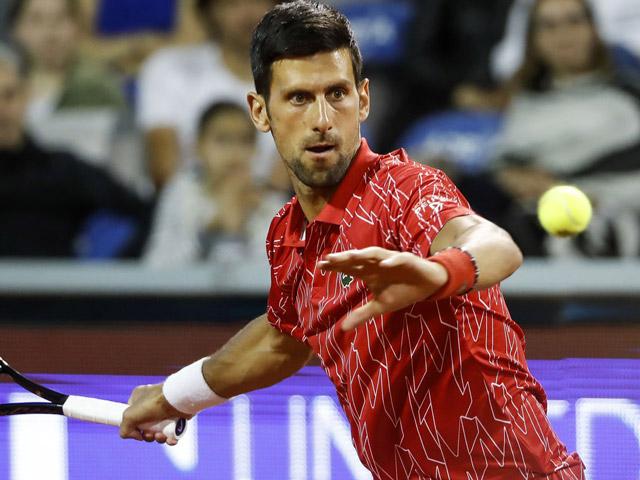 """Djokovic bất ngờ thua trận đầu tiên trong năm 2020: """"Hung thần"""" là ai?"""