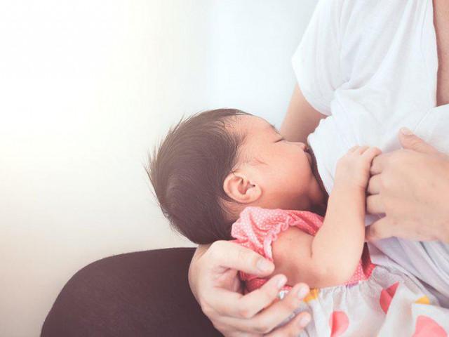 Những thực phẩm dễ gây mất sữa, mẹ nên tránh khi đang cho con bú